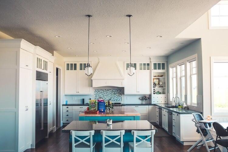 Modelos de cadeiras para cozinha: como escolher?